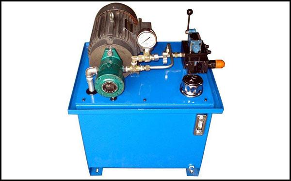 紧凑型电机浸油液压站原理