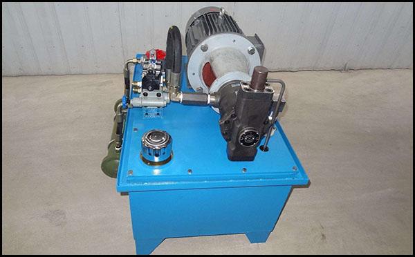 工业双泵液压站原理